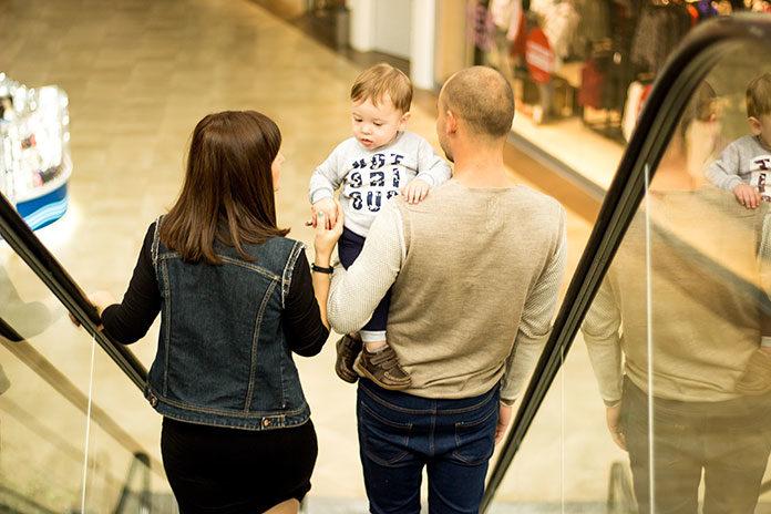 Co zabrać ze sobą, jadąc na zakupy do galerii handlowej?